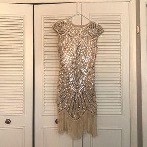 Dresses & Skirts - Vintage themed dress❤️